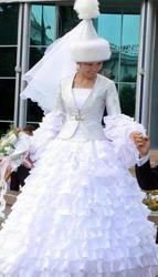Свадебные платья прокат ипошив на заказ